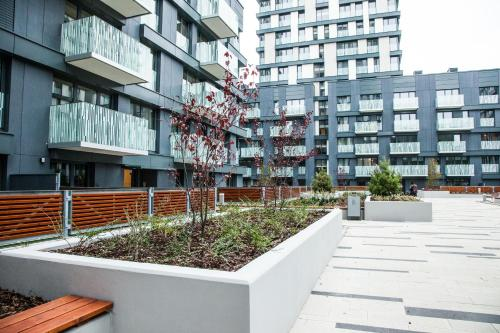 006 Angel Apartment - image 4