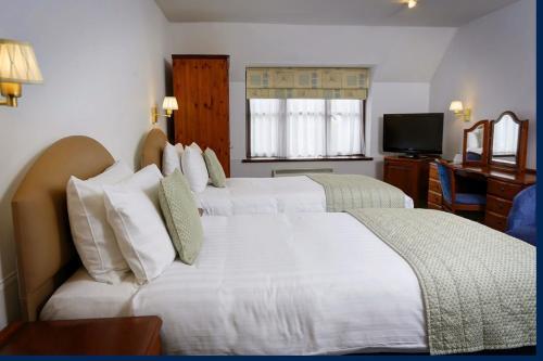 Best Western Plus Old Tollgate Hotel room photos
