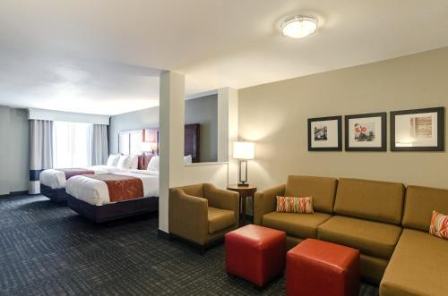 Comfort Suites Loveland - Hotel - Johnstown