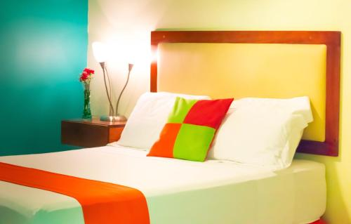 Hotel Guacamaya Inn B&B