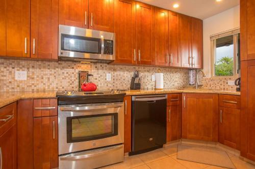 Lokelani Condominiums - Lahaina, HI 96761