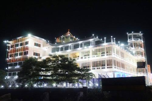 Mahamaya Palace Hotel & Conference Center