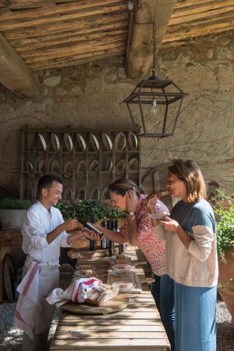 58, Localita' Campo Di Sasso-fraz.bibbona, Bibbona, LI 57020, Italy.