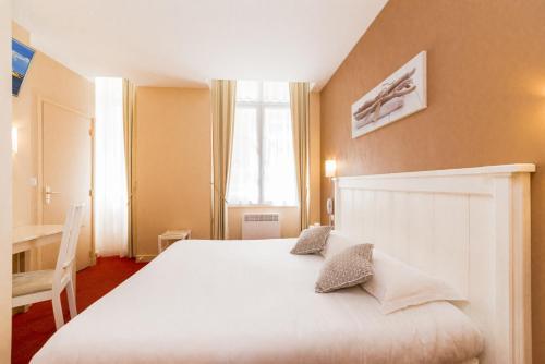 Hôtel Le Nautilus - Hôtel - Saint-Malo