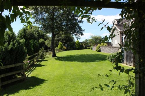 Crowfield Country House