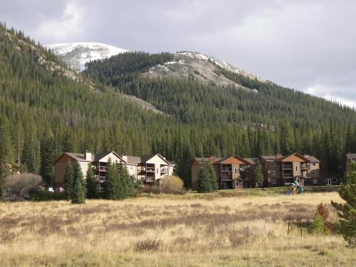 Breckenridge Resort By Rocky Mountain Resort Management - Dillon, CO 80438