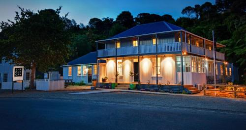 The Old Oak Boutique Hotel - Mangonui