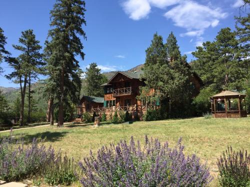 Hotels Vacation Rentals Near North Pole Colorado Springs