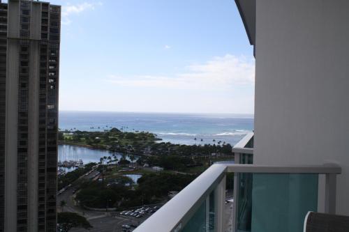 Luxury Suites International At Ala Moana