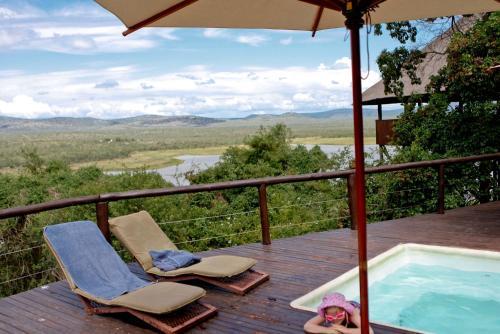 . Nkwazi Lake Lodge