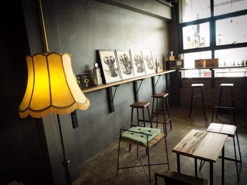 Yimwhan Hostel &Cafe photo 11