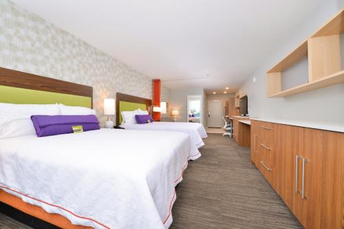 . Home2 Suites By Hilton DuPont