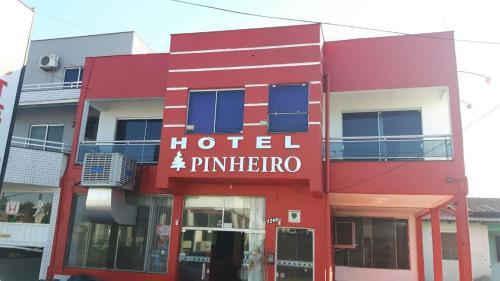 Foto de Hotel Pinheiro