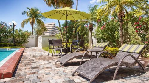 Best Western Plus Windsor Inn - Miami, FL 33181