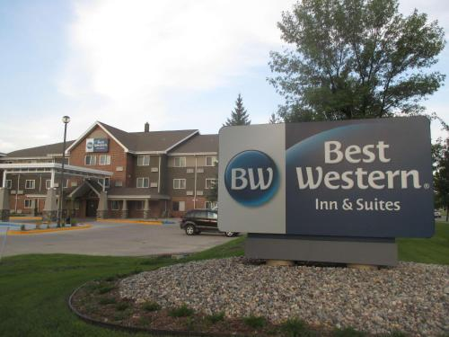 Best Western Harvest Inn & Suites