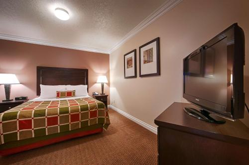 Best Western PLUS Mirage Hotel and Resort - High Level, AB T0H 1Z0