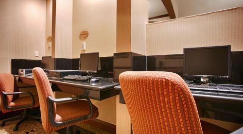 Best Western Plus Heritage Inn - Stockton, CA CA 95207