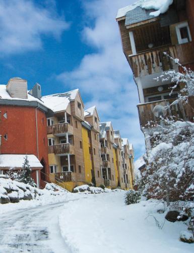 Lagrange Vacances Le Domaine des 100 Lacs*** - Accommodation - Cauterets
