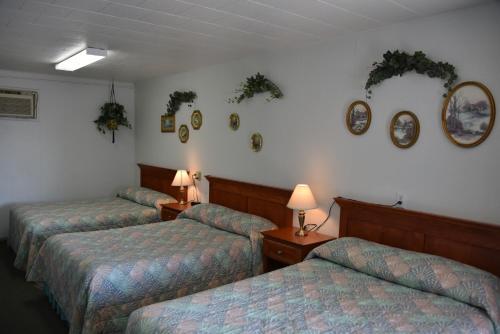 Royals Inn Motel - Malta, MT 59538