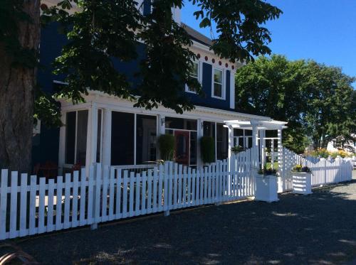 . Georgetown Historic Inn