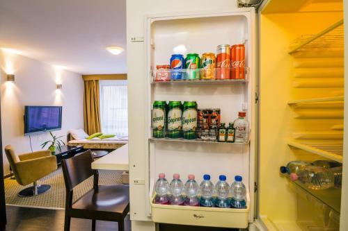 Luxury Downtown Apartments photo 46