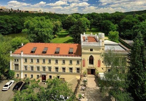 Kasteel-overnachting met je hond in Chateau St. Havel - Wellness Hotel - Prague - Praag 4