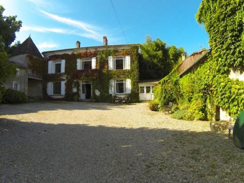 . Chateau Fayolle-Luzac