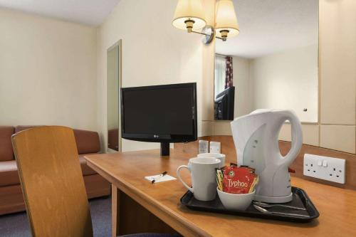 Days Inn Cannock - Norton Canes room photos