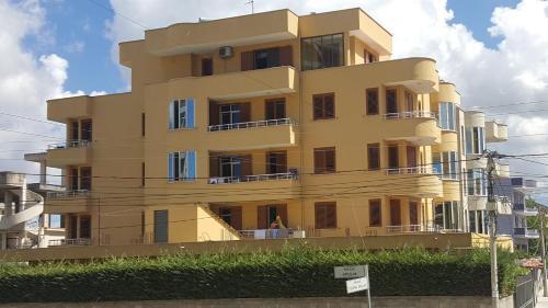 """. Apartments Vila""""Çala"""""""