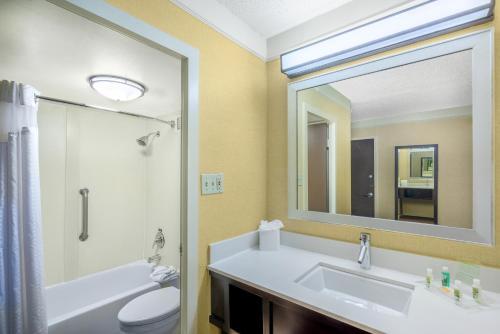Holiday Inn Baltimore-inner Harbor - Baltimore, MD 21201