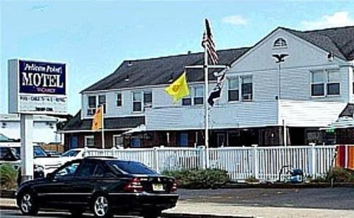 Pelican Point Motel - Point Pleasant Beach, NJ 08742
