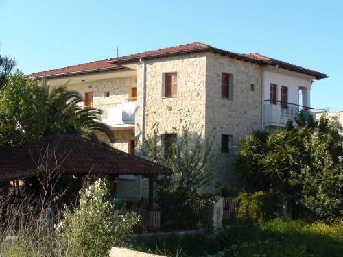 . Venia Apartments
