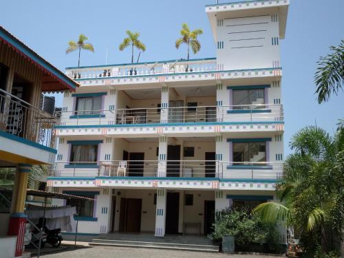 Aakash Beach Hotel