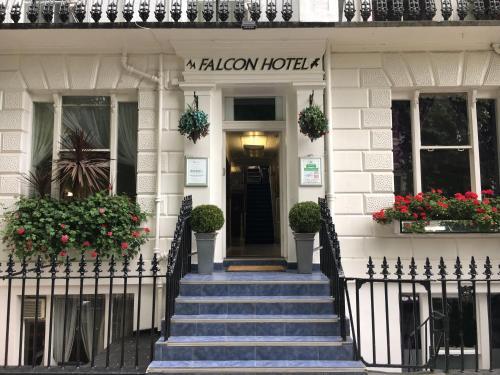 Falcon Hotel (Bed & Breakfast)
