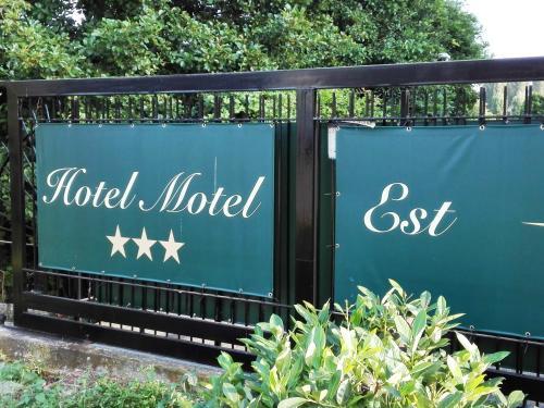 Motel Est - Accommodation - Peschiera Borromeo