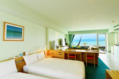Suite dengan Pemandangan Laut (Suite with Ocean View)