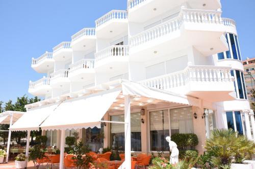 . Hotel VISAD