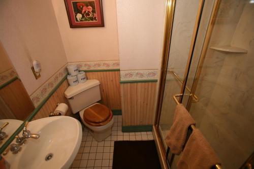 Frisco Lodge - Frisco, CO 80443