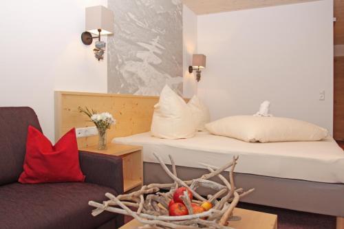 Фото отеля Hotel Goldene Rose