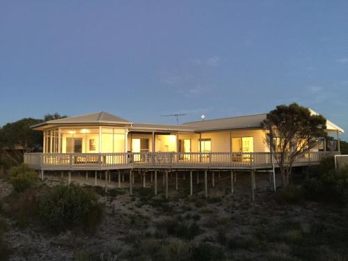 . White Sands Holiday Retreat