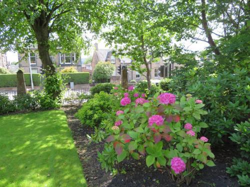 Duthus Lodge Guest House photo 24
