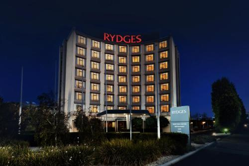 . Rydges Geelong