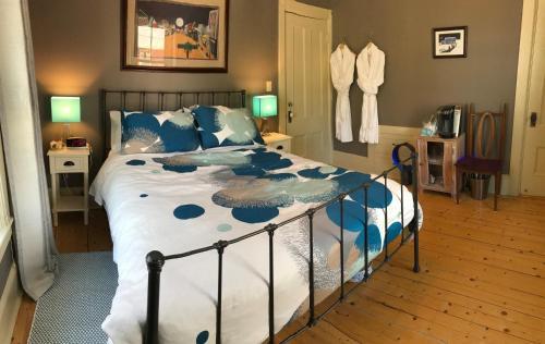 Water Sprite Bed & Breakfast - Lunenburg, NS B0J 2C0