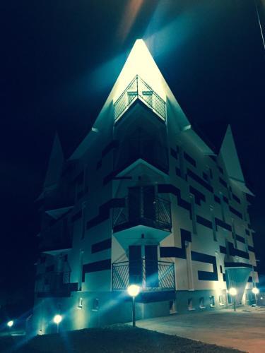 Apartment Triangle - Divcibare