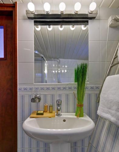 Hotell M/S Monika photo 12
