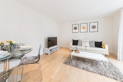 Kew Apartments Brentford London'