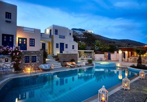 . Folegandros Apartments