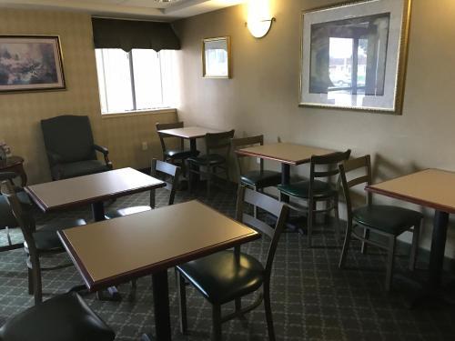 Lititz Inn And Suites - Lititz, PA 17543