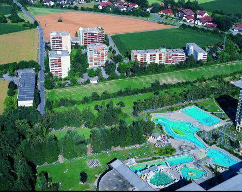 . Kur- und Erholungs-Wohnanlage neben dem Johannesbad