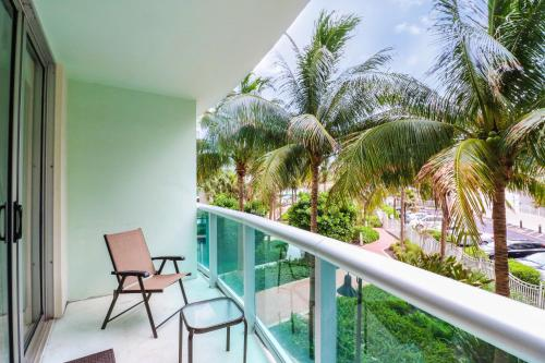 . 2 bedrooms apartment on the beach